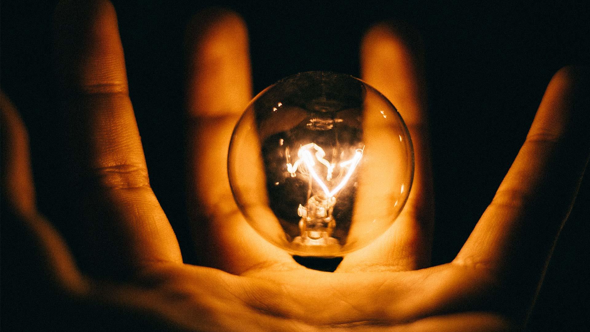 Presentazione <br/> corso LIGHTING DESIGN